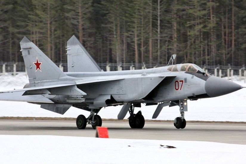 mig- 31 fighter-interceptor foxhound