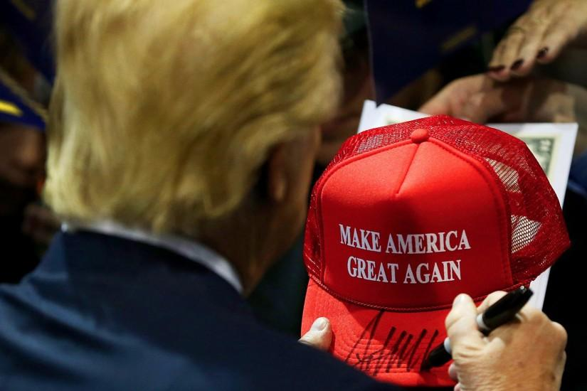 It's been worn, memed and burned: How Donald Trump's 'Make America Great  Again' hat reflects a nation's anger - LA Times