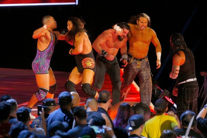 Jason Jordan vs. Jeff Hardy vs. Matt Hardy vs. Elias vs. Bo Dallas vs.  Curtis Axel - Six-Pack Challenge: Raw, Sept. 18, 2017 | WWE