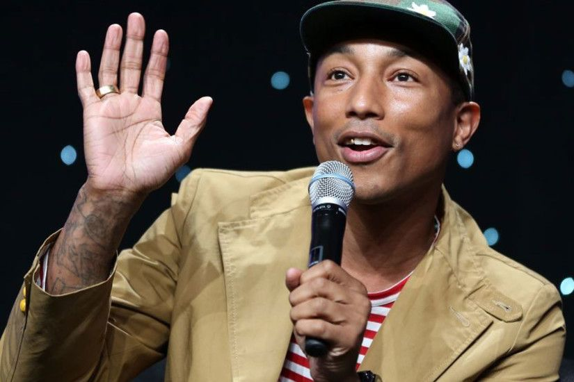 Pharrell Williams ends 2013 at number one with 'Happy' | The Independent
