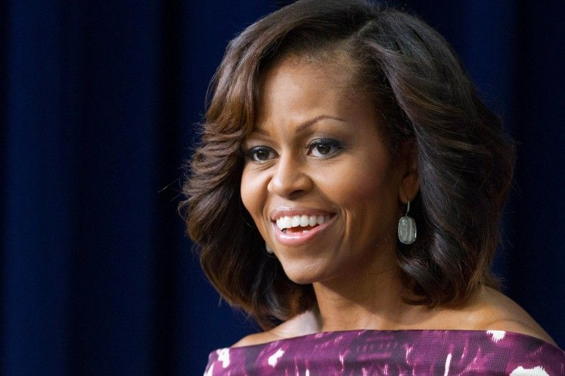 Michelle Obama Smiling Photos,HD Wallpapers,Images,Pictures