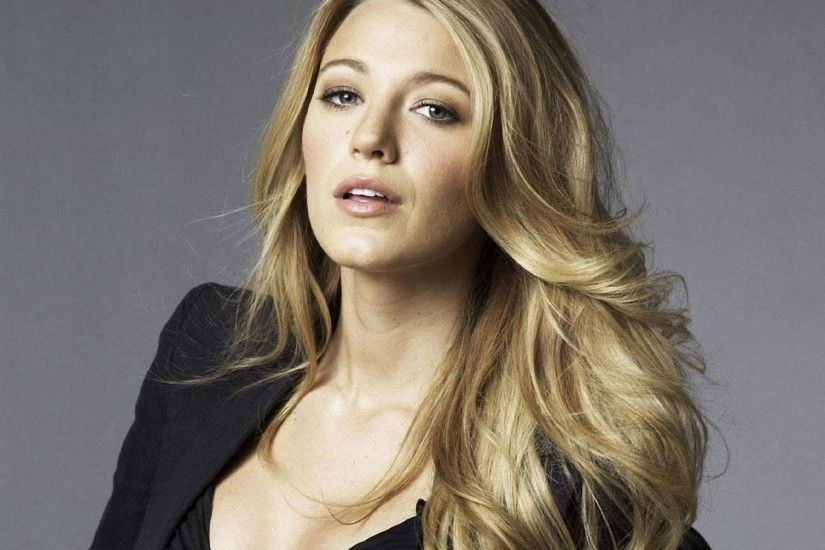 Blake Lively Close-up 2 wallpapers and stock photos