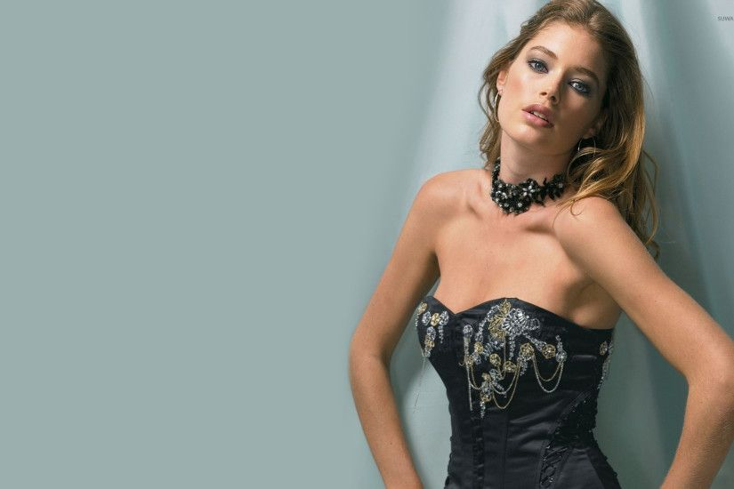 Doutzen Kroes [10] wallpaper