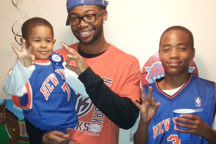 New York Knicks images Carmelo Anthony's Biggest 4 year old Fan Cameron HD  wallpaper and background photos