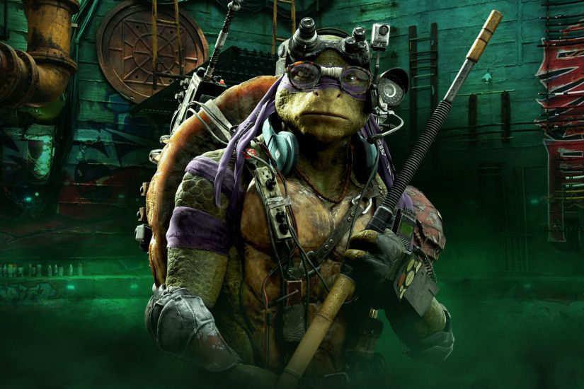 TMNT Donatello Wallpaper. Did you know movie Donnie is 6 feet 8 inches tall?