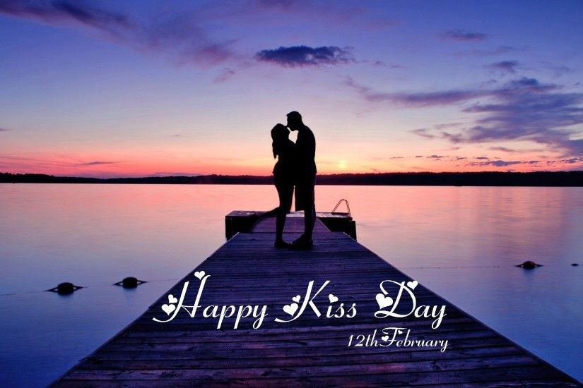 ... wallpaper free download. Couple kissing