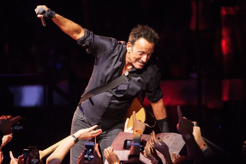 Bruce Springsteen Wallpapers Images Photos Pictures