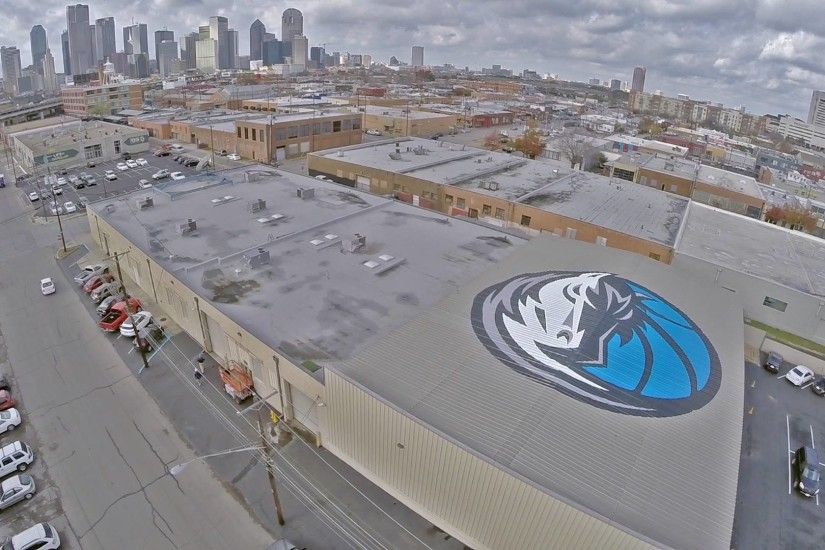 Lakewood guy creates Dallas Mavs logo visible only from airplanes