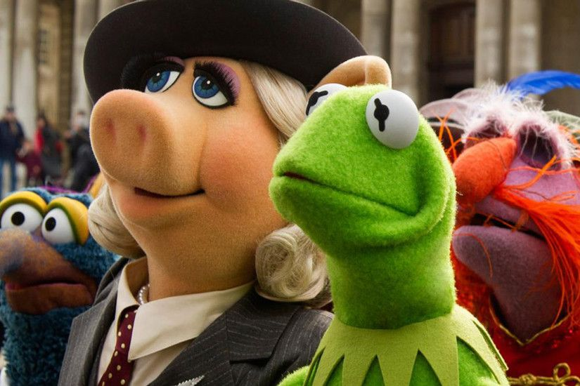 miss piggy kermit gonzo muppets most wanted