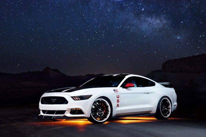 2048x2048 Wallpaper ford, mustang, white, side view, night