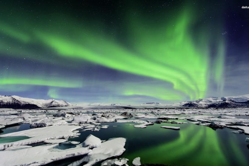 Northern Lights over Iceland wallpaper - Nature wallpapers - #