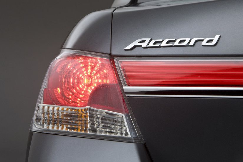 Honda accord emblem wallpaper hd.