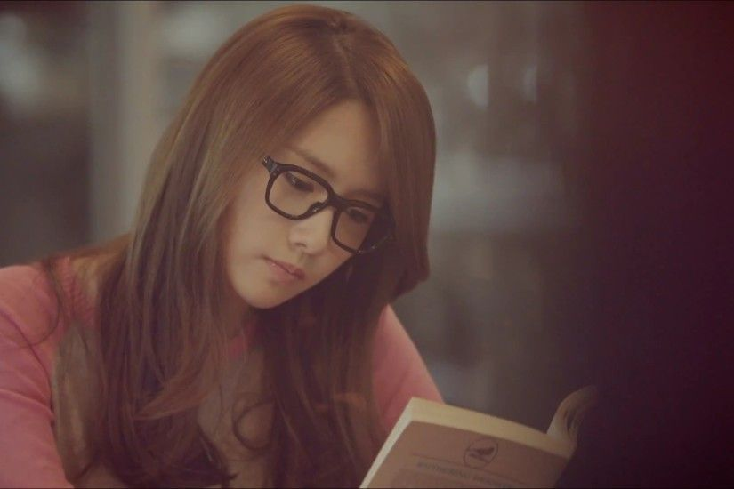Girls Generation SNSD With Glasses Im YoonA Lomo Reading Women