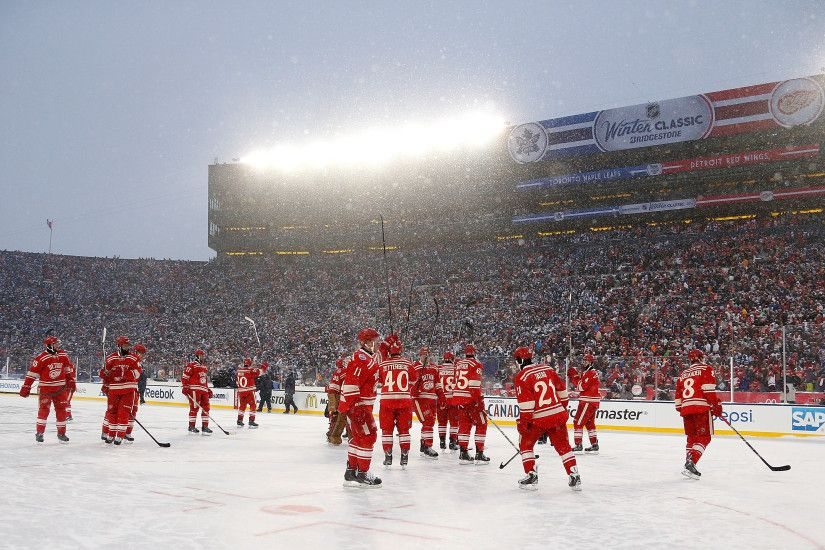 459998687 2014 Bridgestone NHL Winter Classic Toronto Maple Leafs v Detroit  Red Wings