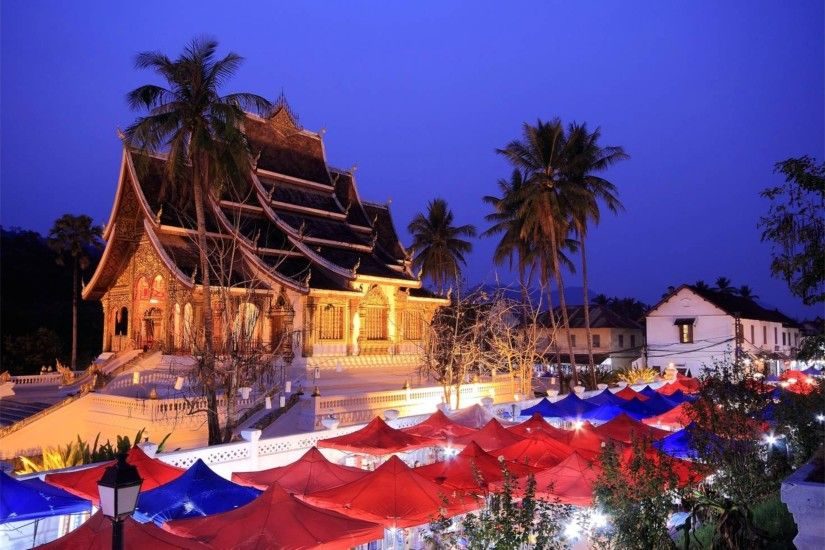 Night Lights 4K Luang Prabang Laos Wallpaper