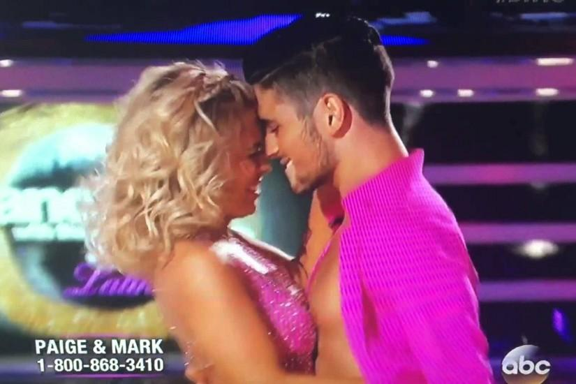 DWTS22 - Shirtless Alan Bersten and Paige Vanzant - Almost Kiss - Week 2