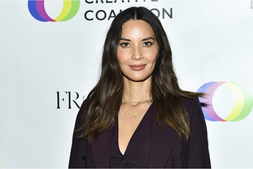 Olivia Munn Wallpaper Awesome Olivia Munn Says Predator Director Shane  Black Hasn T Spoken to