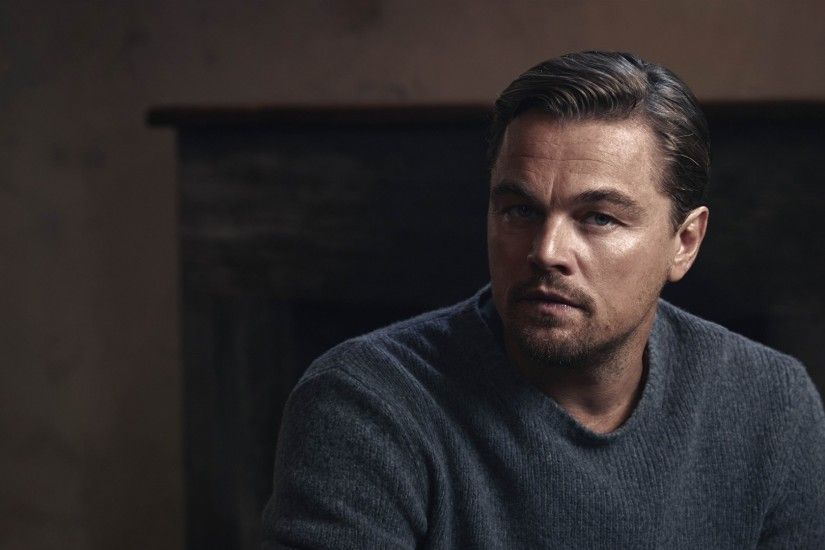 Preview wallpaper leonardo dicaprio, actor, sweater 1920x1080