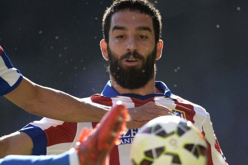 Arda Turan 'in talks with three Premier League clubs' - Manchester United  and Liverpool strongly linked | The Independent