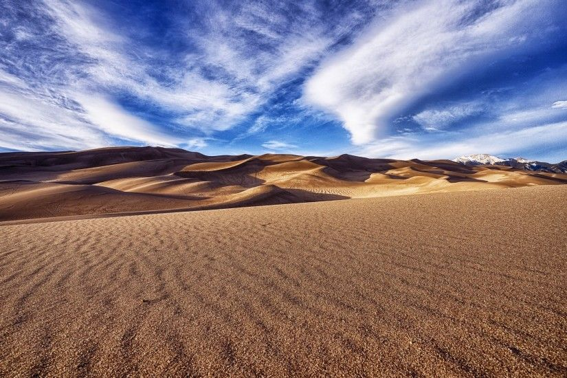 4K HD Wallpaper: In the Sand Dunes · Desert Landscape in this Picture