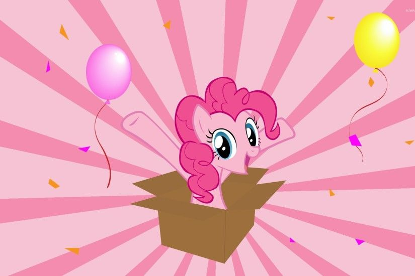 Pinkie Pie in a gift box - My Little Pony wallpaper