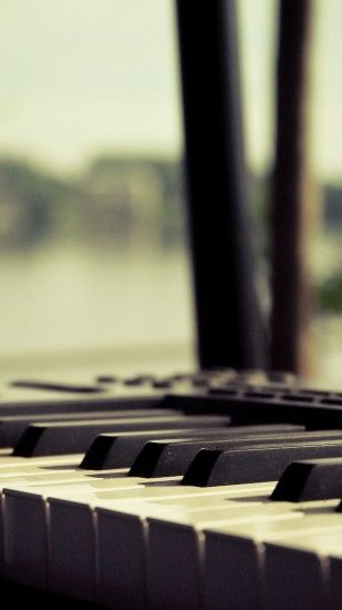 Piano HD wallpaper for iPhone