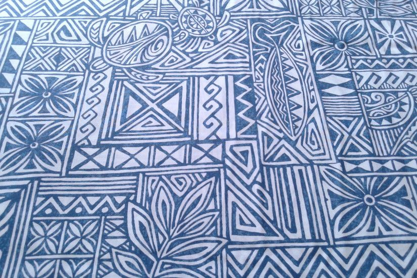 Geometric Hawaiian Fabric in Blue and Cream, Turtle Motif, Polynesian  Tattoo Fabric, Aloha