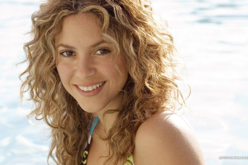 Wallpapers Shakira Hd Background Wallpaper 19 HD Wallpapers .