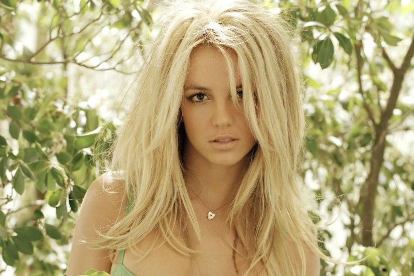 Preview wallpaper britney spears, blonde, face, beautiful 3840x2160