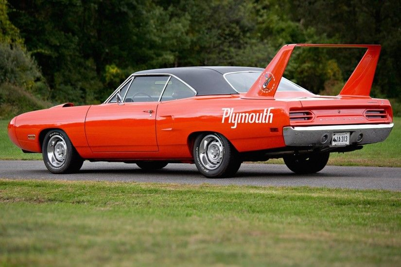 plymouth road runner superbird plymouth muscle car