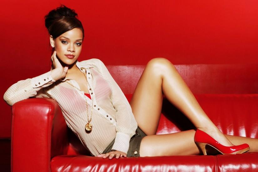 Rihanna Wallpapers HD Download