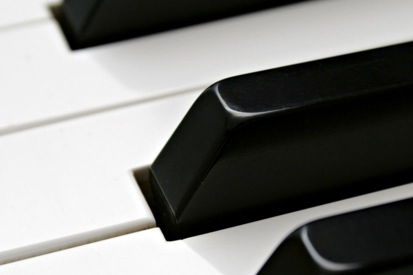 Preview wallpaper piano, pianos, keyboards, white, black 2560x1440