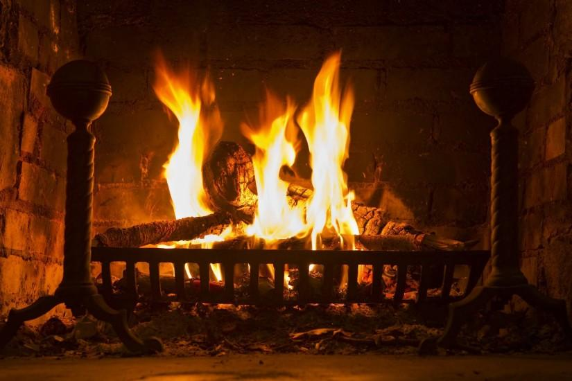 Widescreen Wallpaper: fireplace