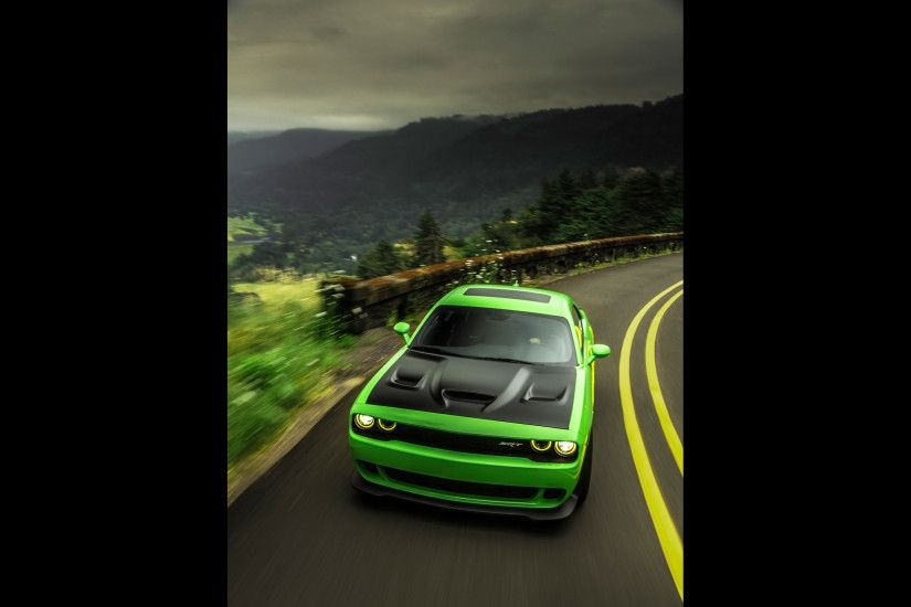 2016 Dodge Challenger SRT - Hellcat - Green - 3 - 2560x1600 - Wallpaper