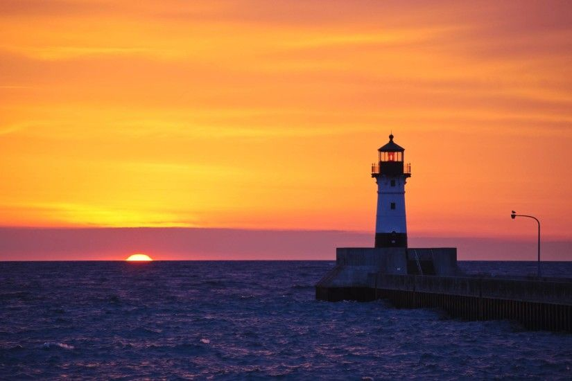Lighthouse in Duluth, Minnesota Desktop Wallpapers FREE on Latoro.com