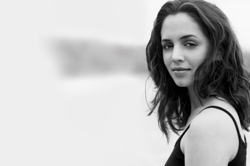 Eliza Dushku Wallpaper 6844