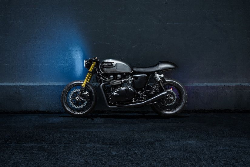 Preview wallpaper triumph bonneville, motorcycle, wall 3840x2160