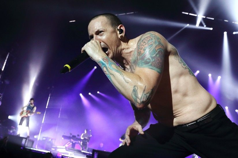 Tributes Flow For Linkin Park's Chester Bennington, Dead At 41 - Music Feeds