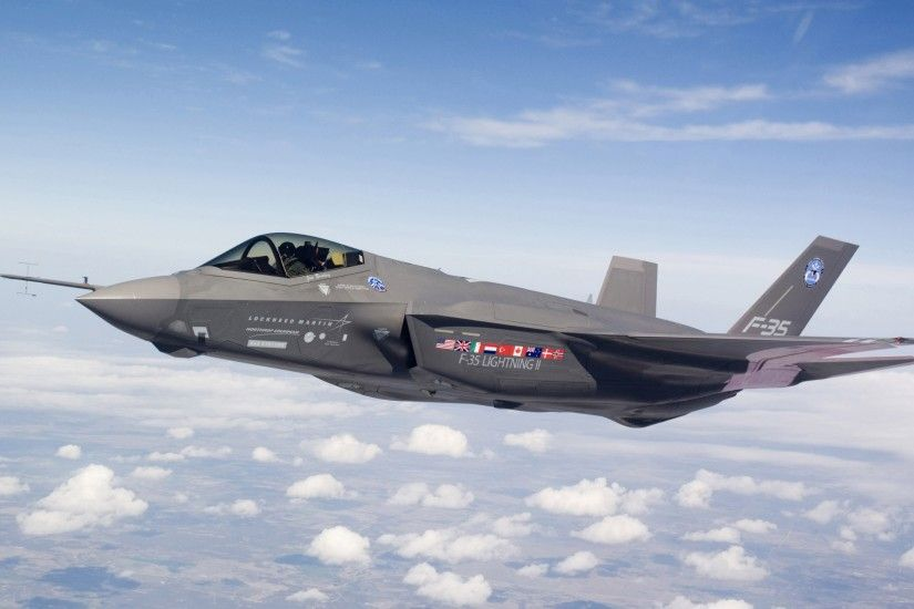 F 35 flying wallpapers and stock photos