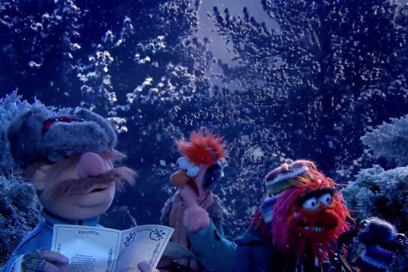 Carol of the Bells Performed by The Swedish Chef, Beaker, and Animal [VIDEO]