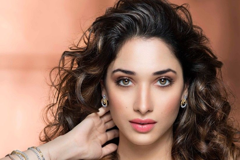 Tamanna Bhatia Beautiful Eyes HD Wallpapers