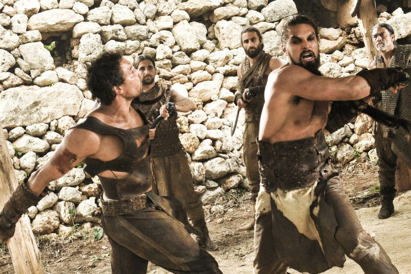 ... Drogo fighting ...