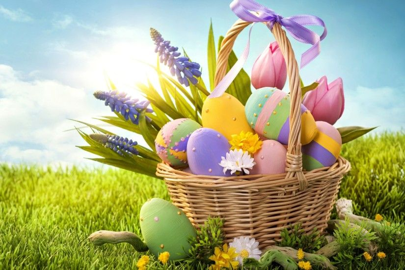 Cool color Easter eggs in the Easter basket desktop backgrounds