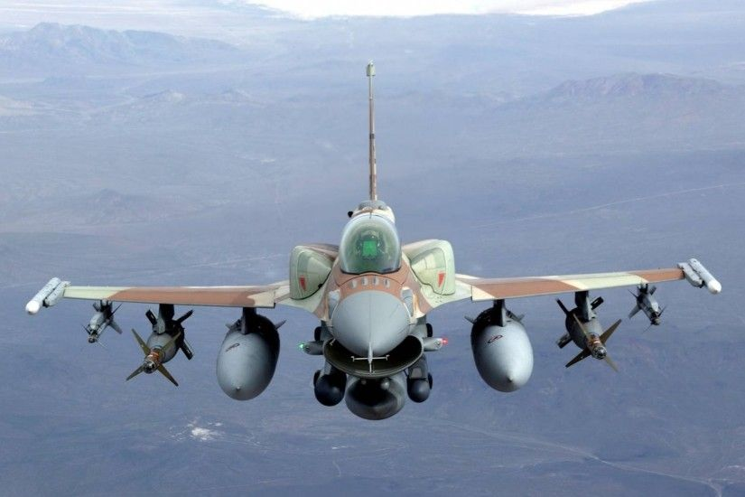 f16 fighting falcon jet air-to-air missiles bombs