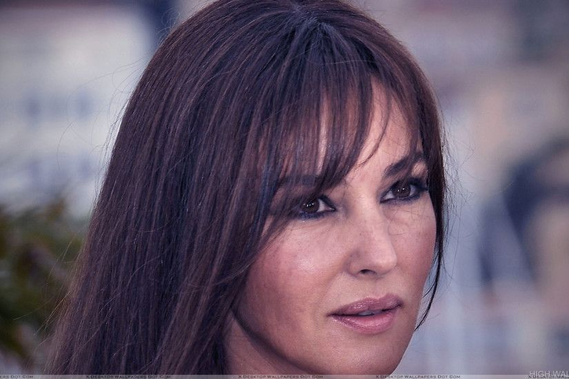 Monica Bellucci Wet Lips And Cute Eyes Face Closeup
