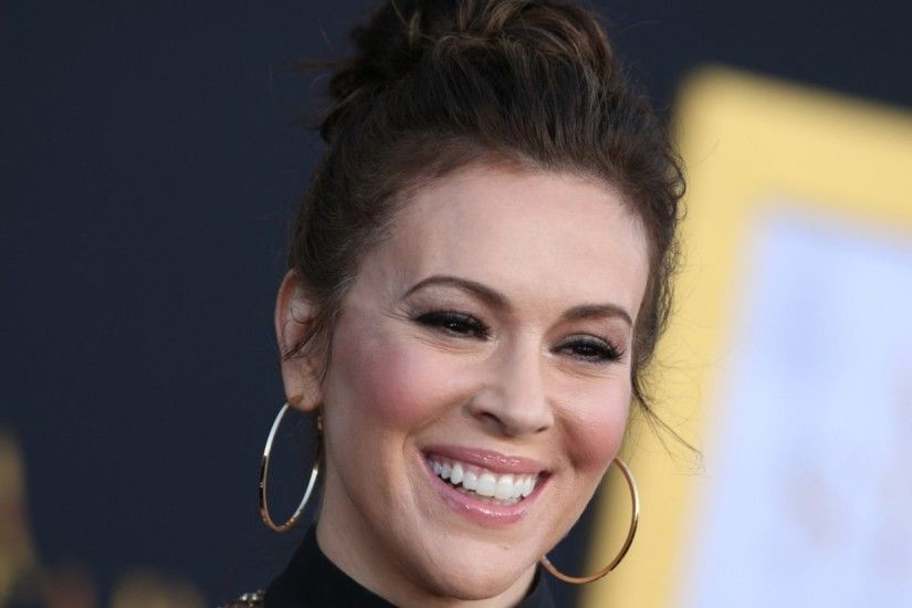 Alyssa Milano Shares Heart-Wrenching Message To Her Daughter
