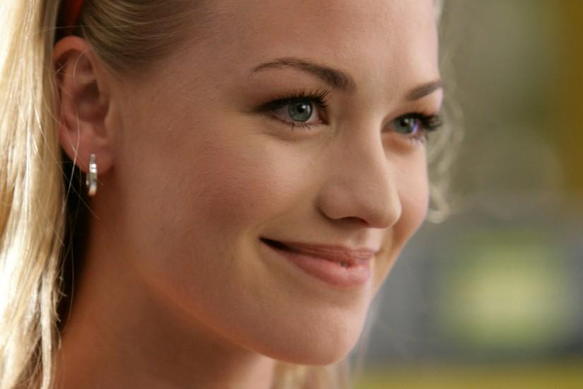 Wallpaper Details. File Name: Yvonne Strahovski ...
