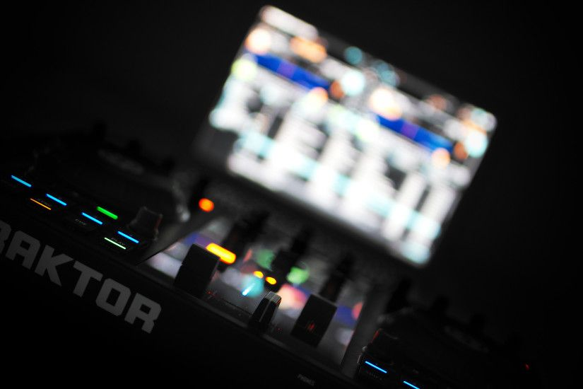 Native Instruments Kontrol S2 Setup World Wallpaper Collection