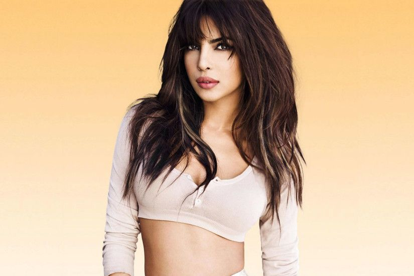 Priyanka Chopra Latest HD Pictures Free download