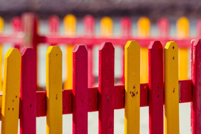 Download: Colored Fence HD Wallpaper